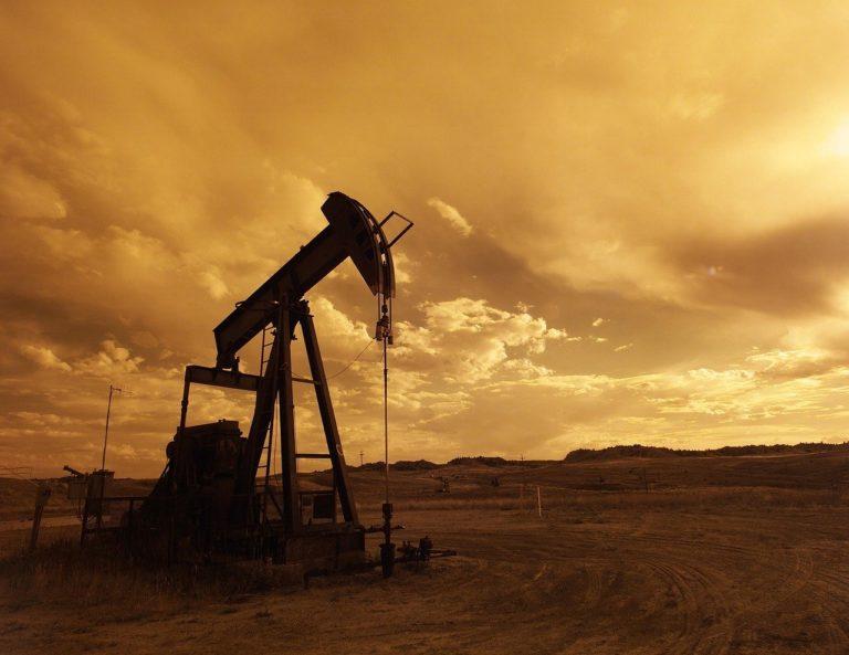 Read more about the article Crollo del Petrolio, cosa sta succedendo e come approfittarne