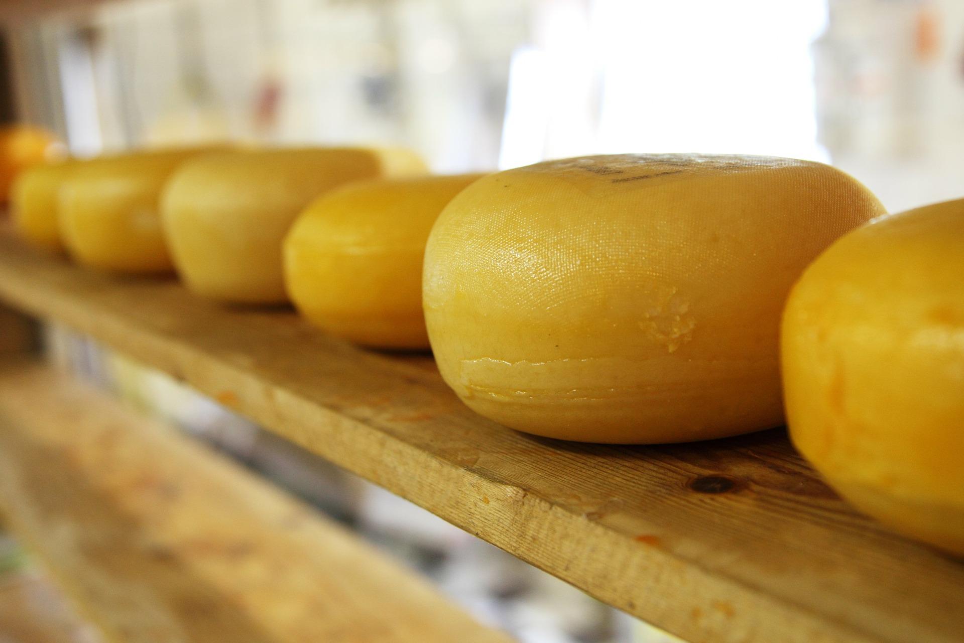 Kraft Heinz vende il formaggio a Lactalis