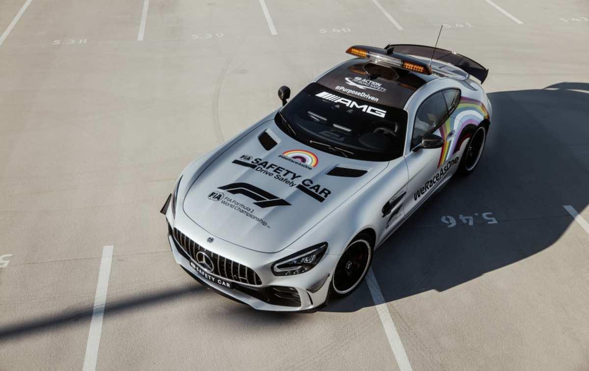 Aston Martin sostituirà Mercedes