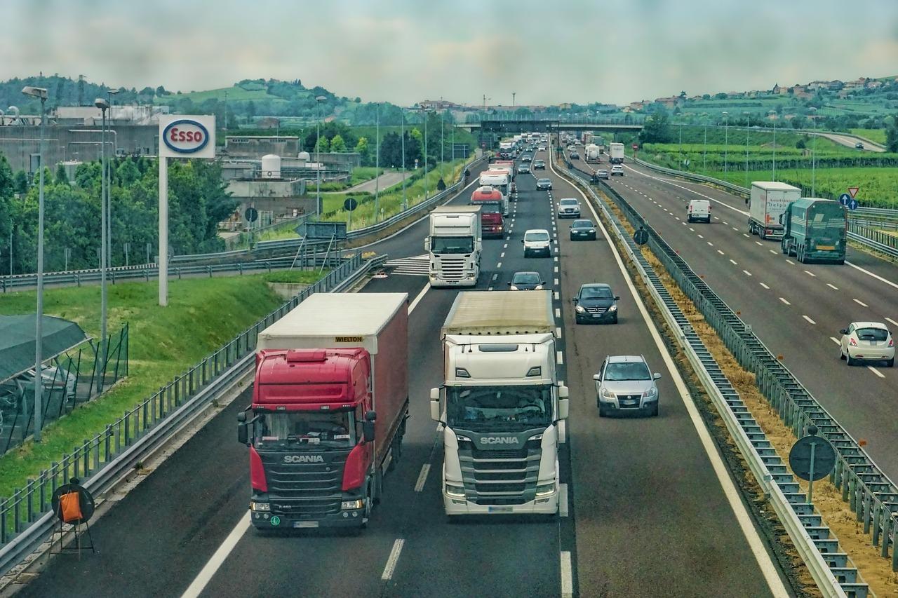 Le azioni dei camion, come investire nei mezzi pesanti e tir
