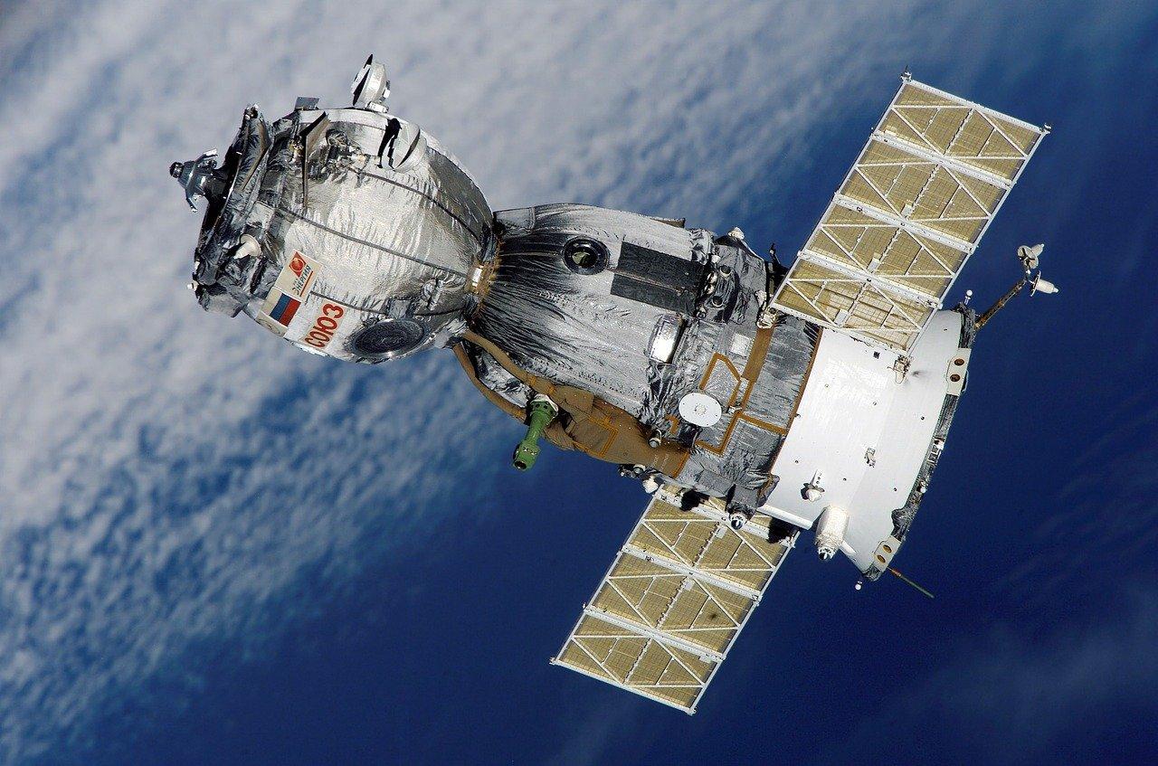 You are currently viewing Telesat acquista i satelliti da Leonardo e Thales