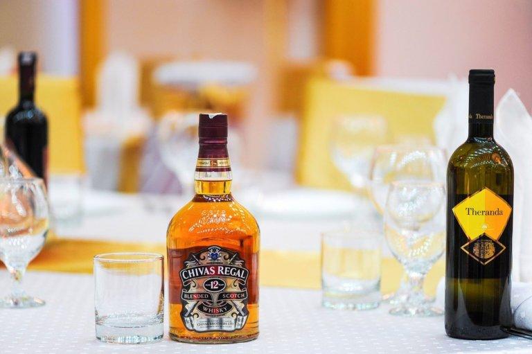 Le azioni degli alcolici, come investire nel vino, birra e liquori