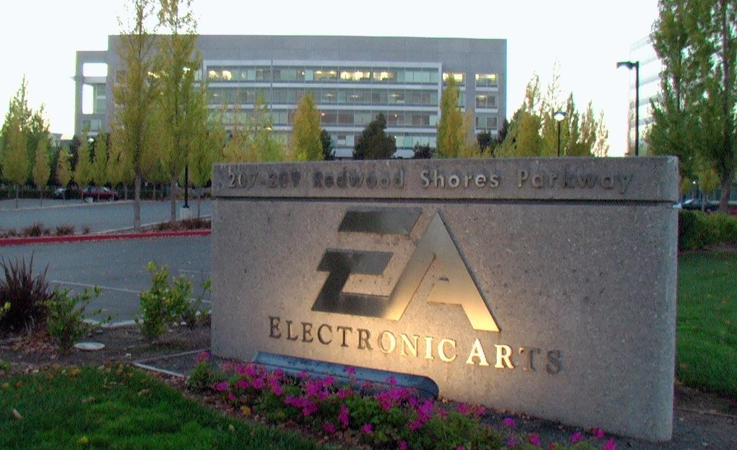 Read more about the article Electronic Arts ha strapagato Glu Mobile e Codemasters?
